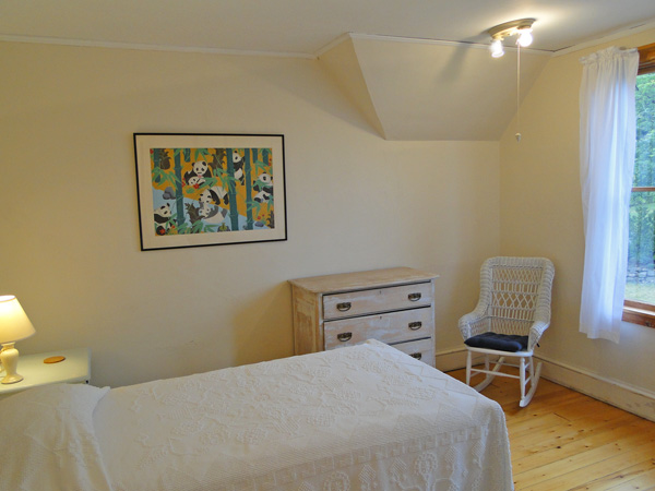 Upstairs Swift (Bedroom 5)